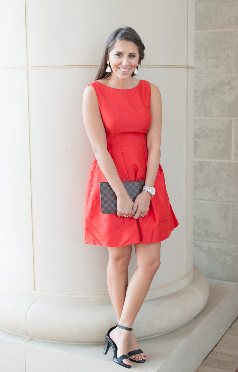 Bow_Back_dress_up_buttercup3