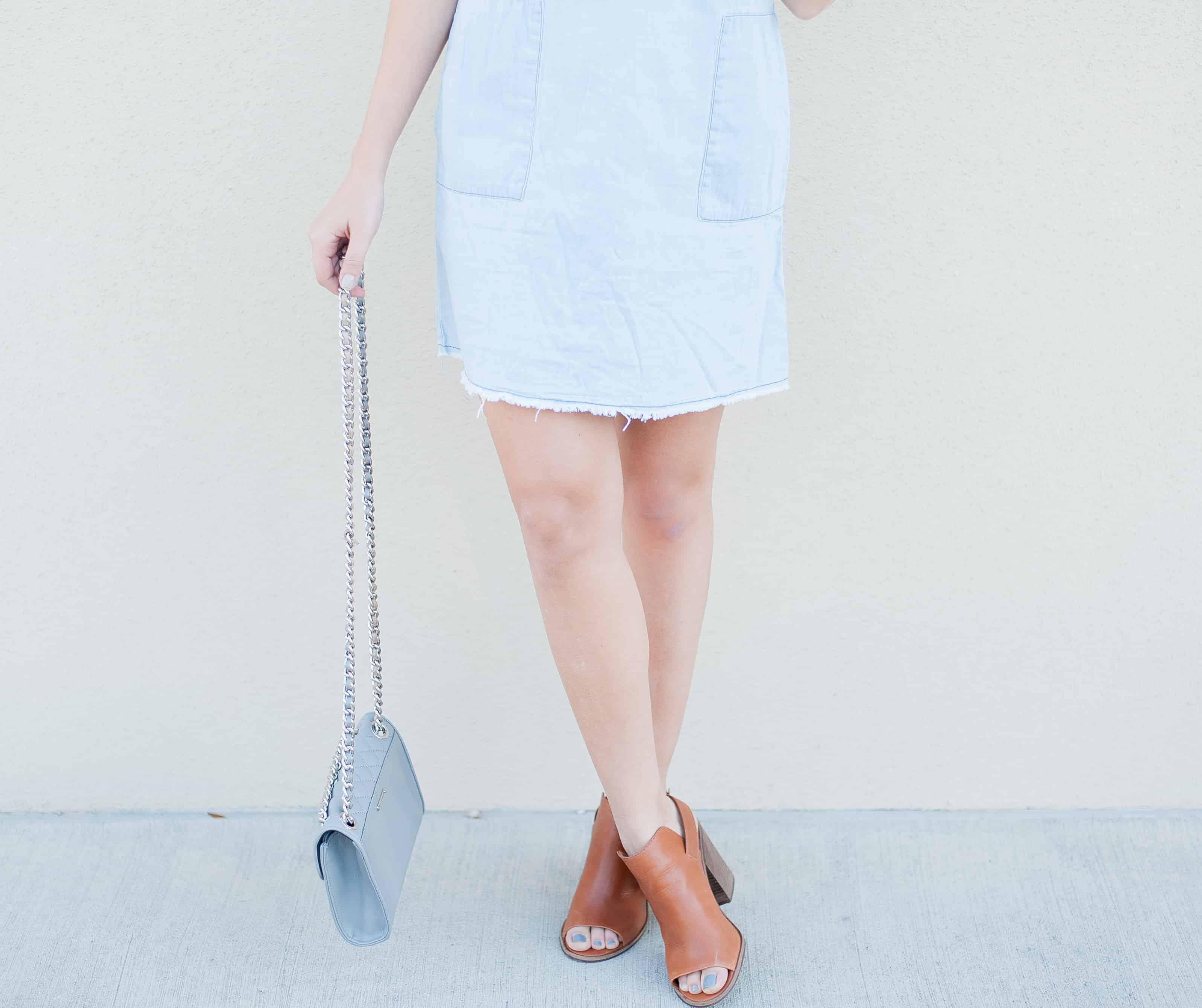 Dress Up Buttercup   Houston Fashion Blog - Dede Raad Chambray Shift Dress