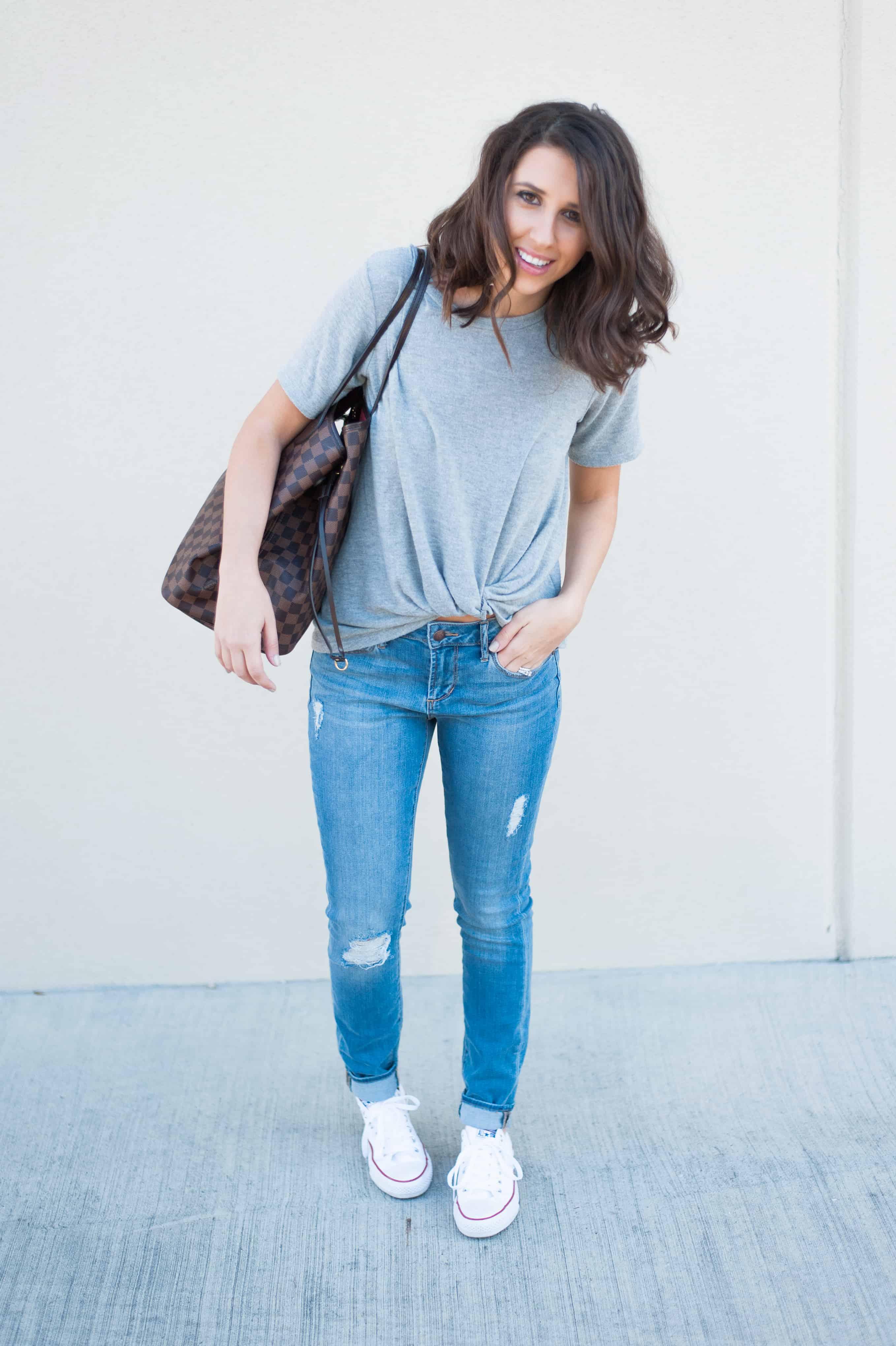 Dress Up Buttercup | Houston Fashion Blog - Dede Raad Knot Tee