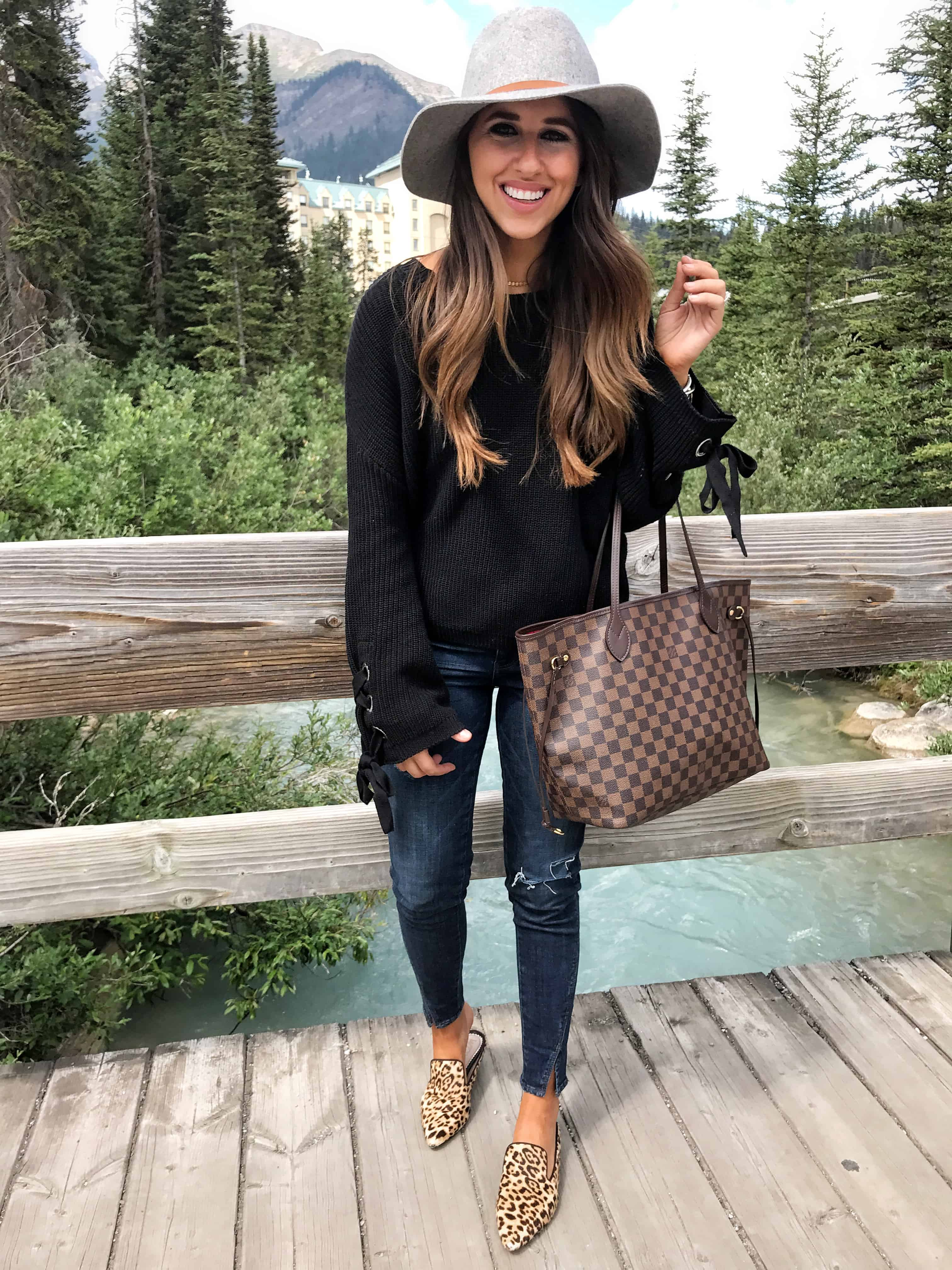 Dress Up Buttercup, dede raad, houston blogger, fashion blogger, Banff and Calgary Travel Guide